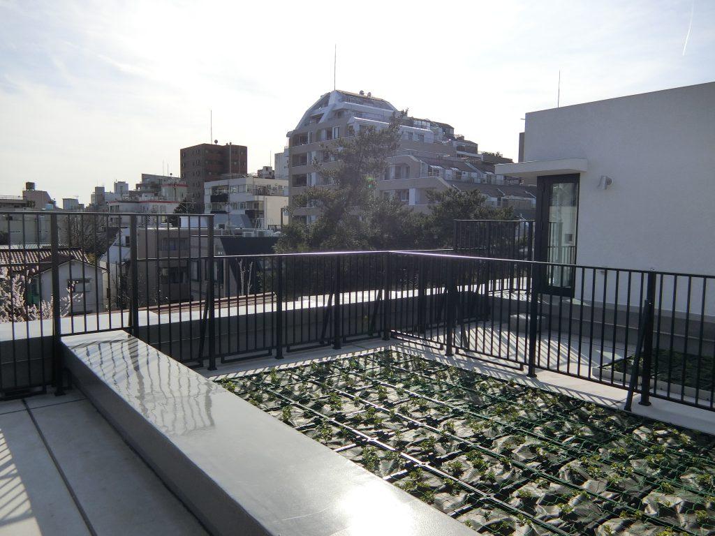 屋上のプライベートガーデン