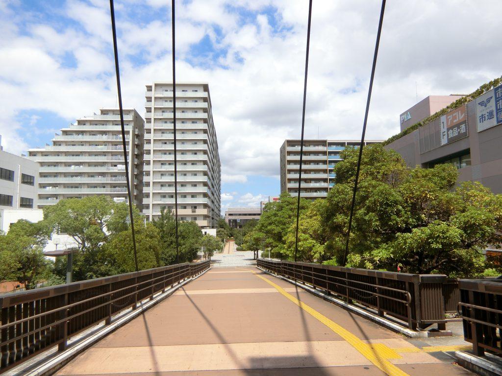 「検見川浜」駅の北口側駅前