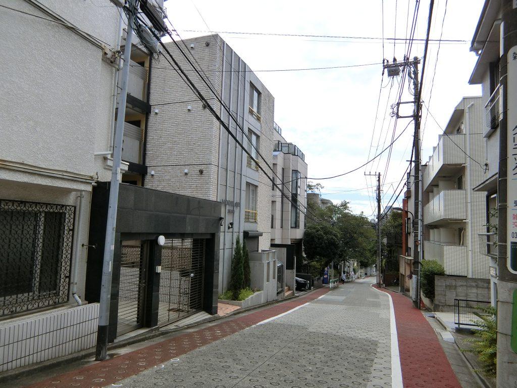 『豊島区高田一丁目343番5』の界隈。落ち着いた住宅街の一角