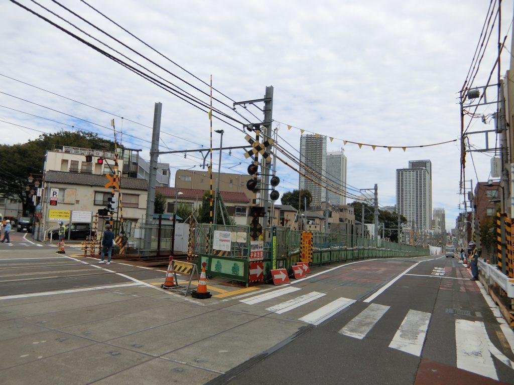 「雑司ヶ谷」駅前で進む道路整備