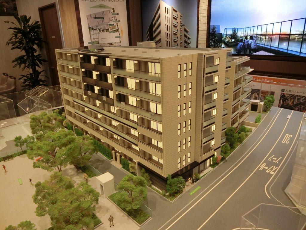 「プラウド中野島」の完成予想模型