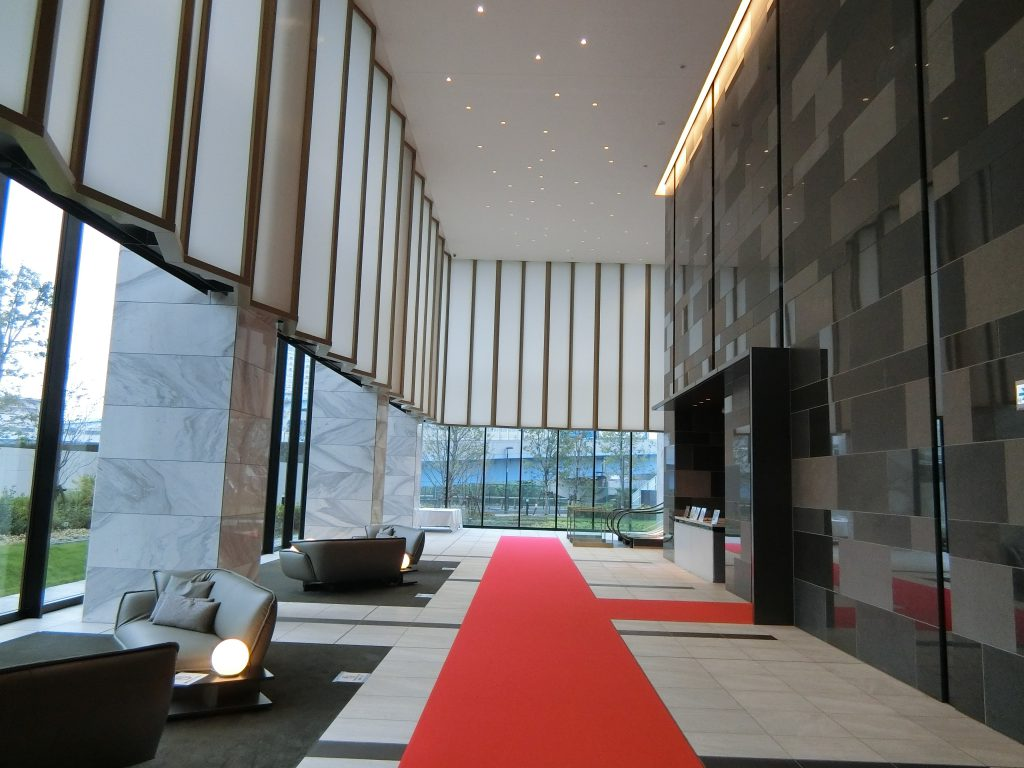 「シティタワーズ東京ベイ」のエントランスホール
