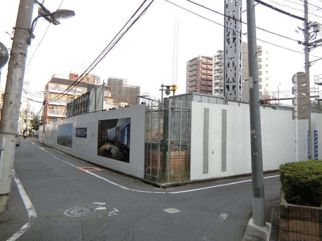 北側から見た建設地