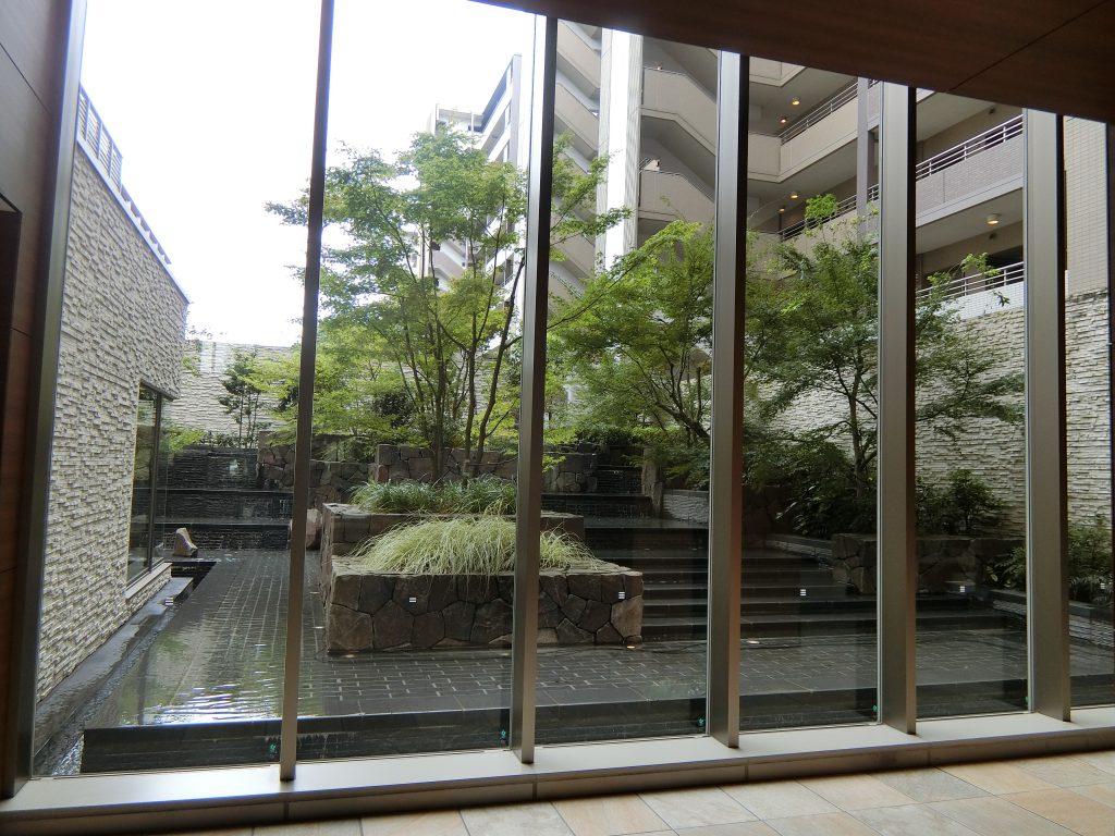 「ザ・パークハウス 横浜新子安ガーデン」の共用部