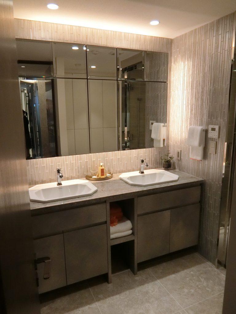 M-111Anwタイプのモデルルーム 洗面室は、ダブルボウル