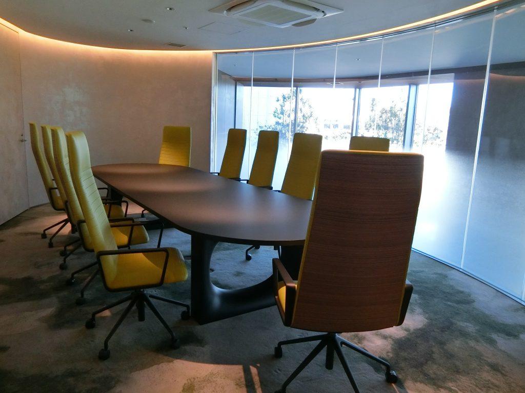 「パークコート渋谷 ザ タワー」のミーティングルーム