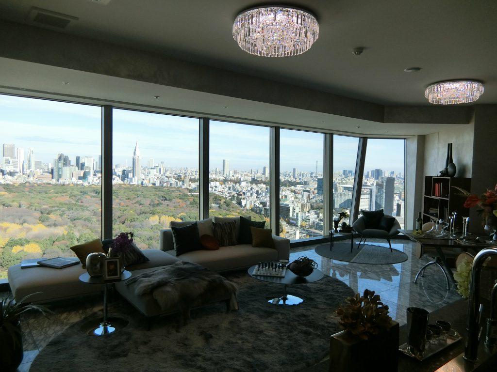 「パークコート渋谷 ザ タワー」の36階住戸のリビング