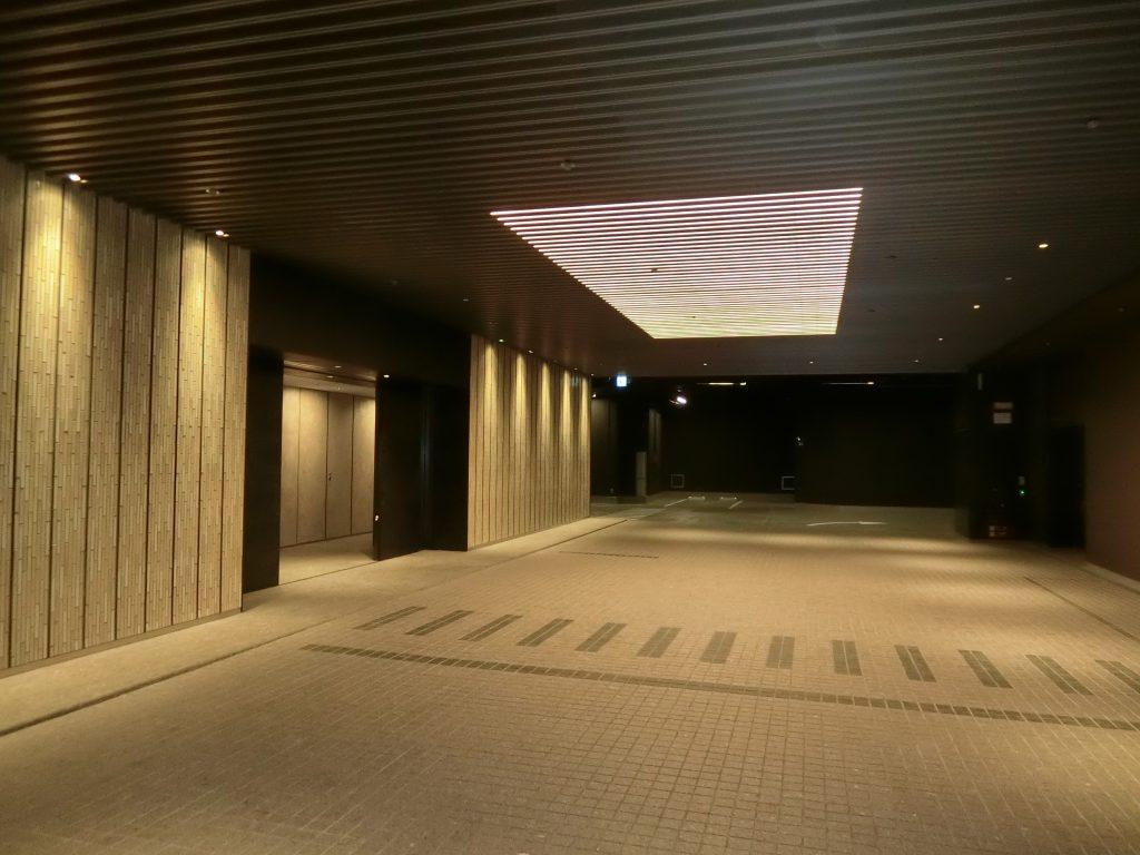 「パークコート渋谷 ザ タワー」のコーチエントランス