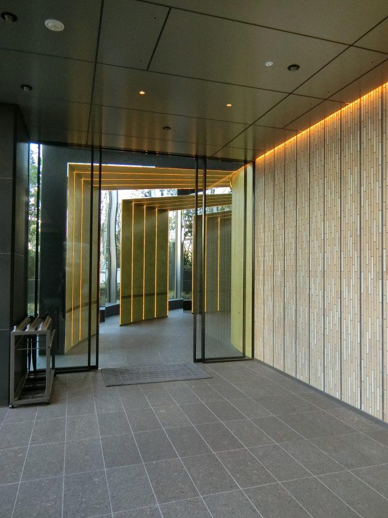 「パークコート渋谷 ザ タワー」のグランドエントランス