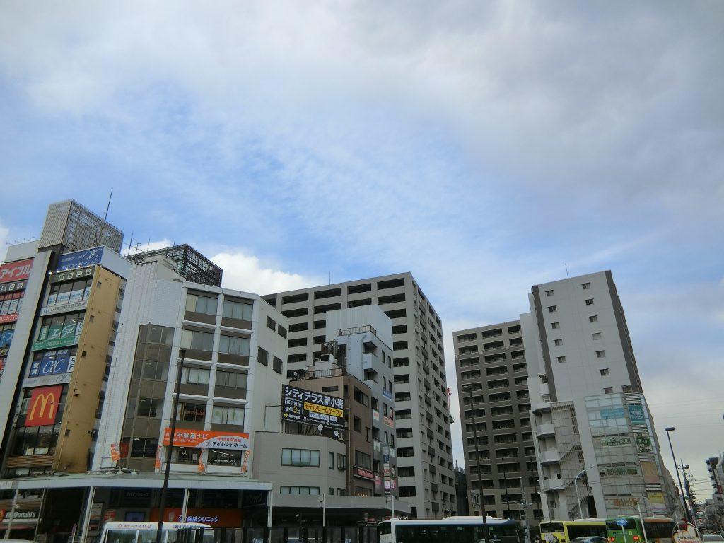 新小岩の駅前のマンション群