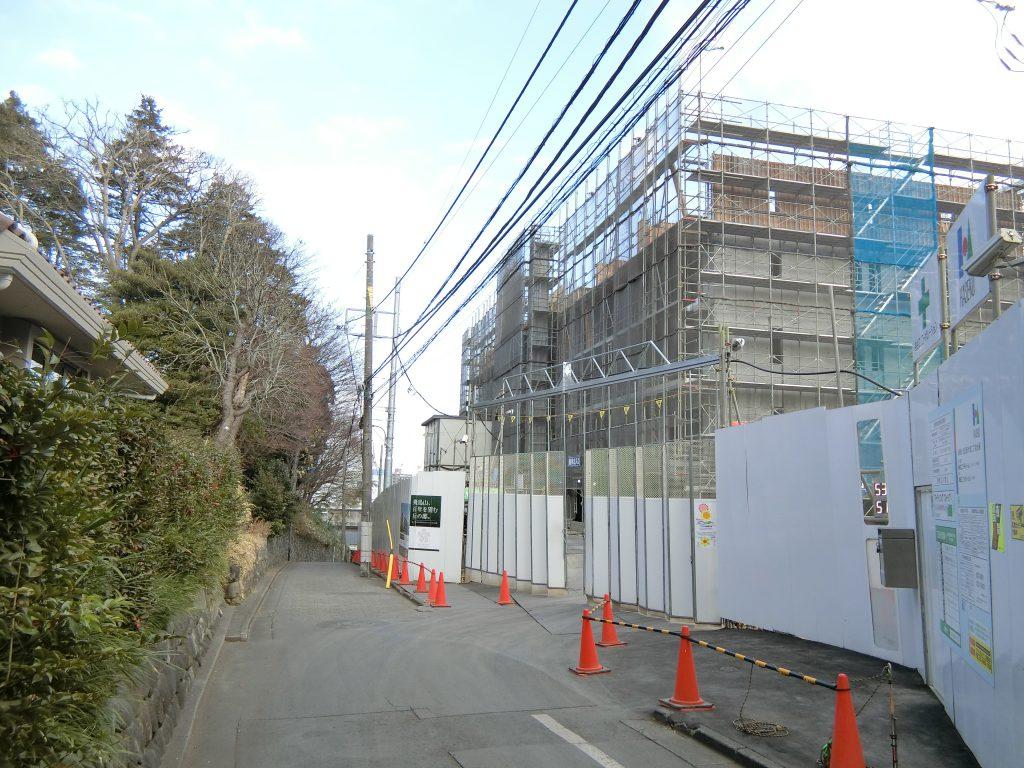 飛鳥山公園に隣接する「ASUKAYAMA RESIDENCE」の建設地