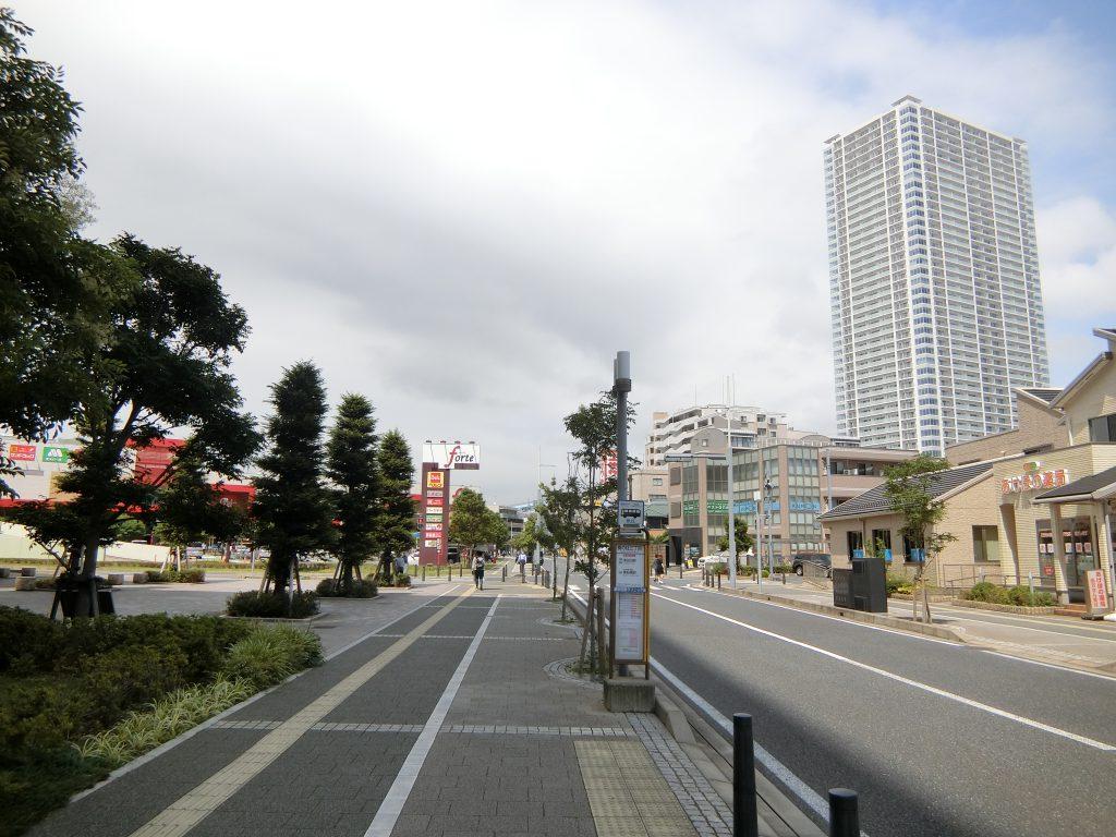 「奏の杜」から見た「津田沼」駅方面