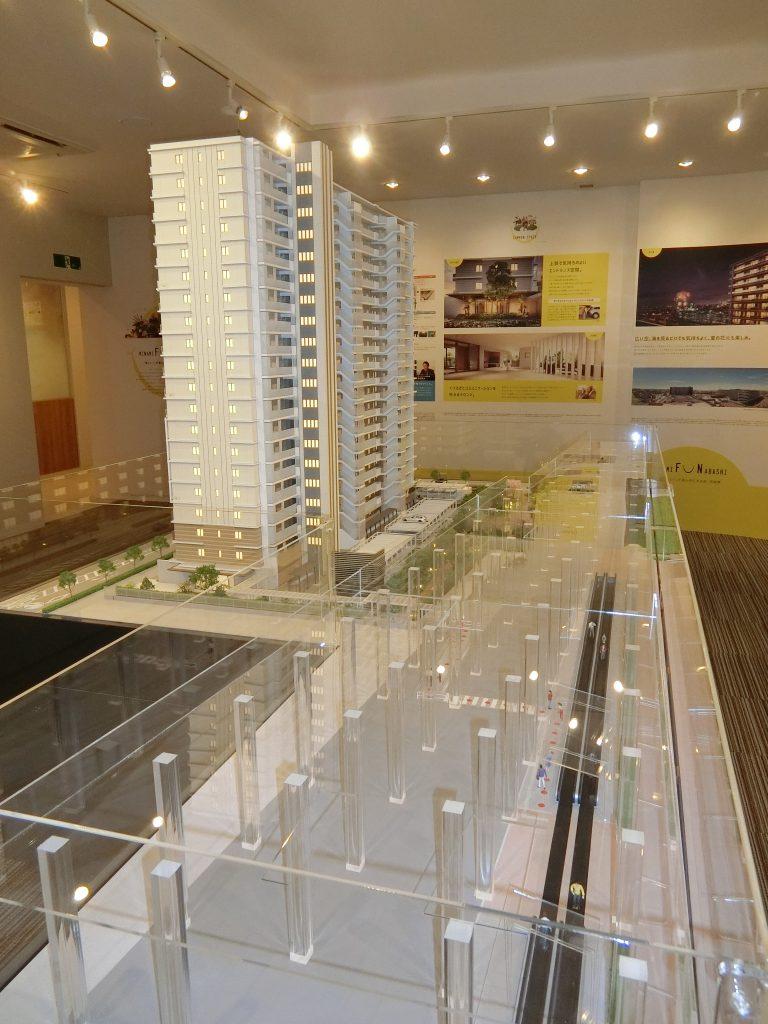 「パークホームズLaLa南船橋ステーションプレミア」の完成予想模型