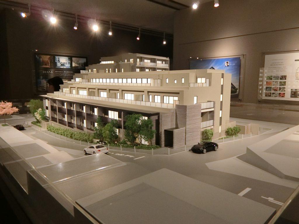 「ディアナコート池田山公園」の完成予想模型 北東側より撮影