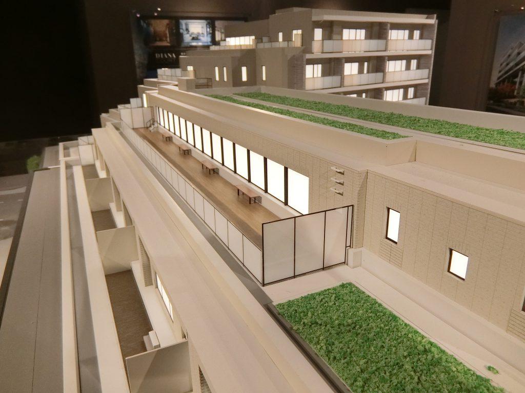 「ディアナコート池田山公園」の完成予想模型のスカイテラス