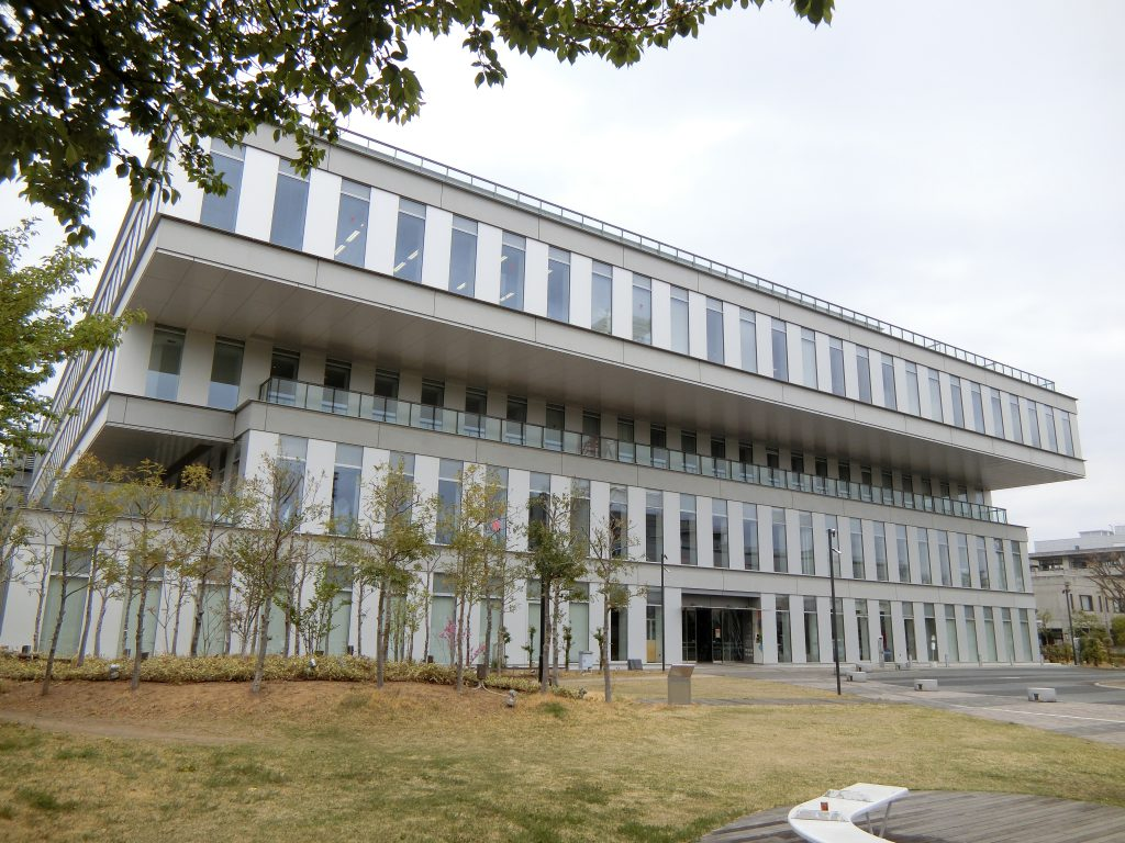 高崎市立中央図書館