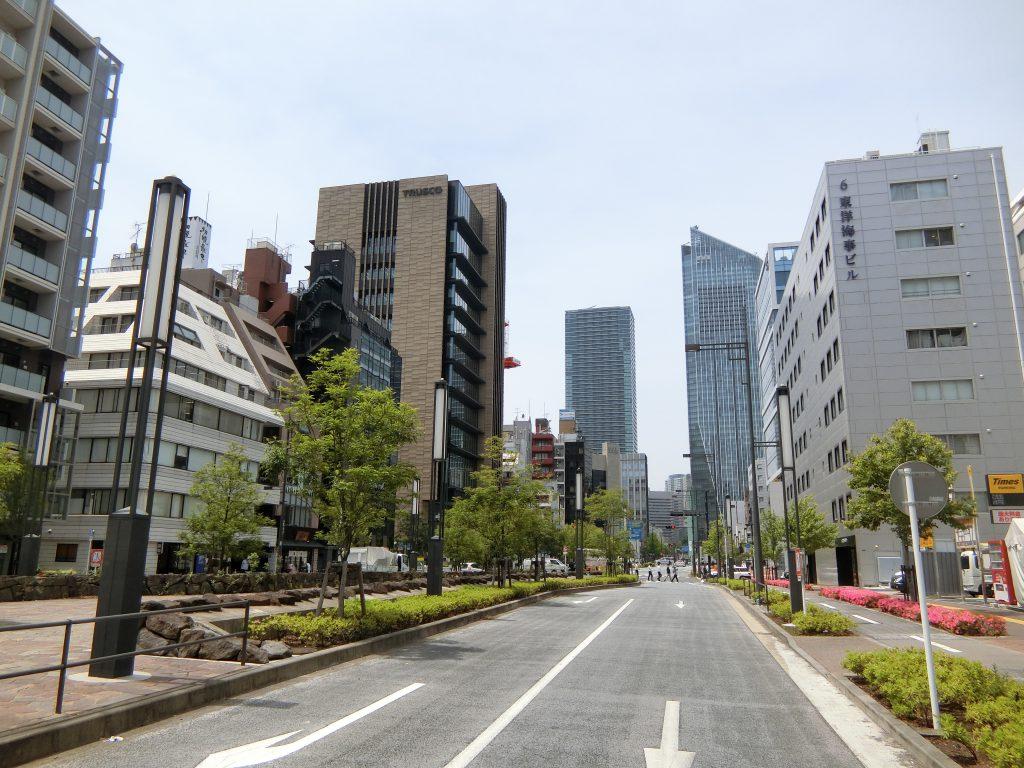 新虎通りの風景